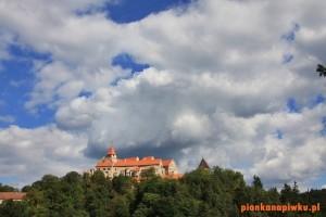 zamek pernstejn czechy