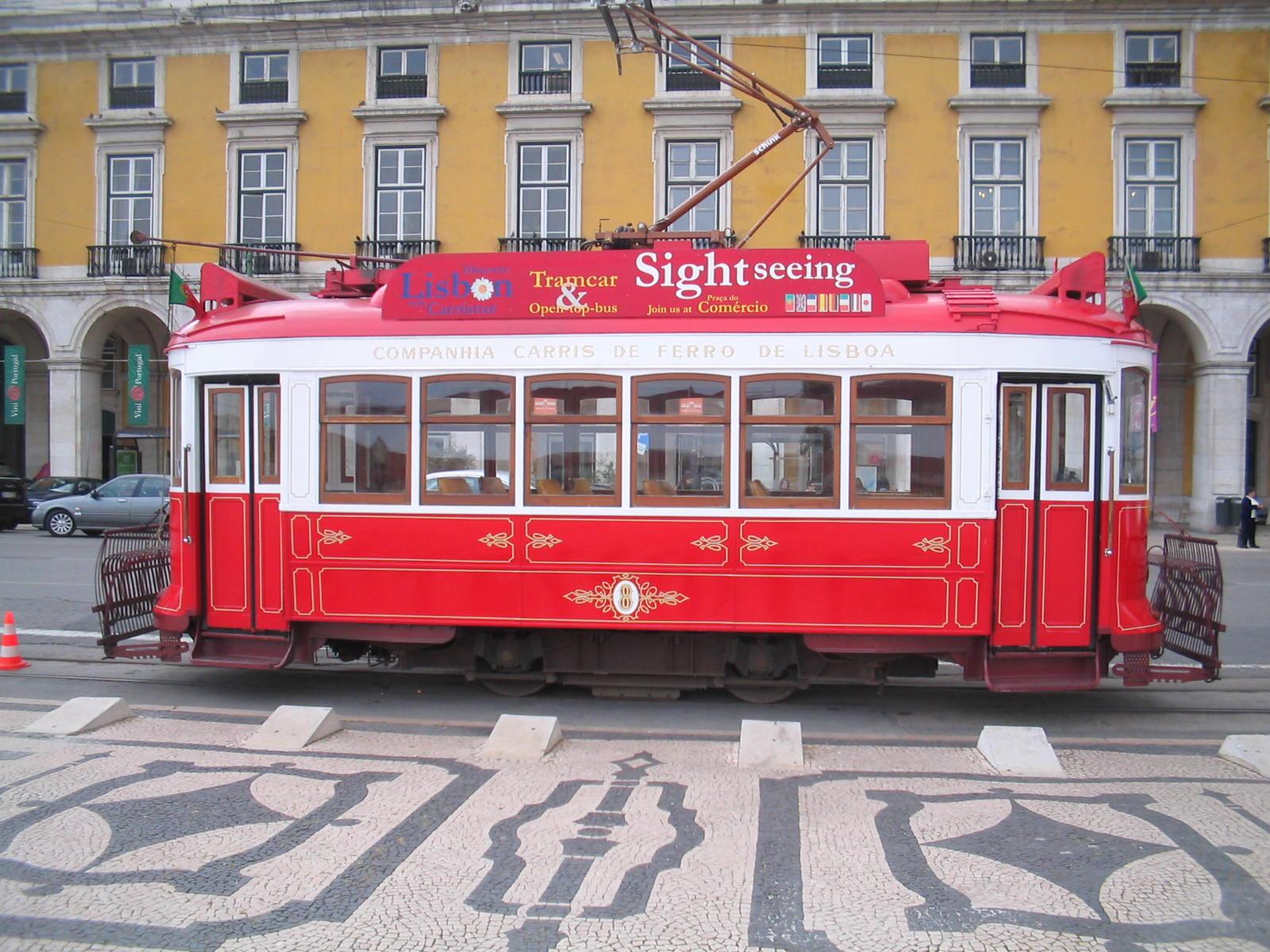 przejażdżka tramwajem po Lizbonie