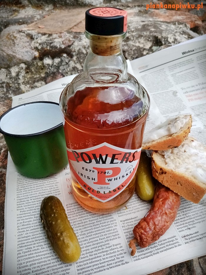 Powers Gold Label Irish Whiskey - blog o whisky